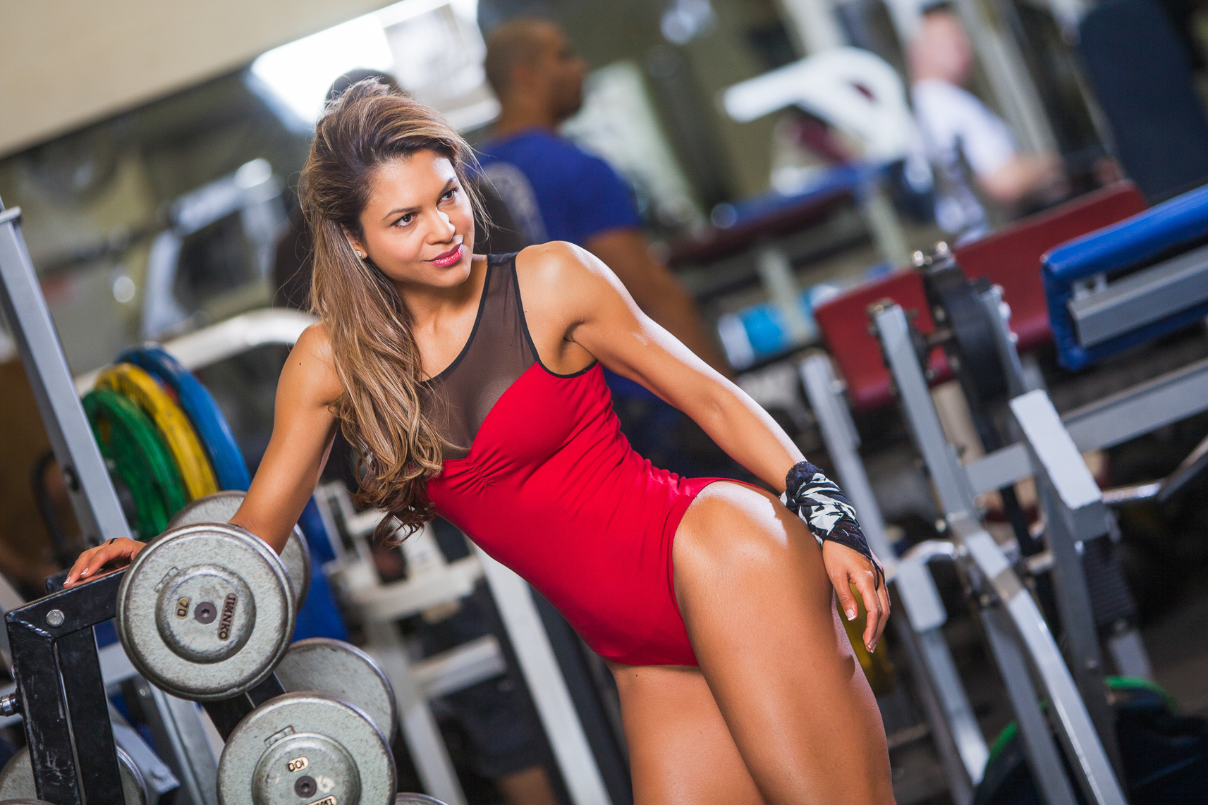 How can women build lean muscle mass?